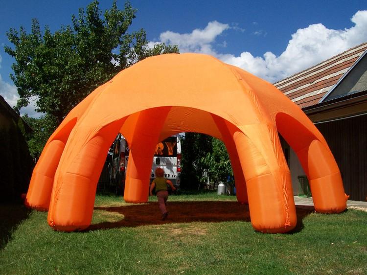 Párty stany, pivné sety, nafukovací červený a oranžový stan